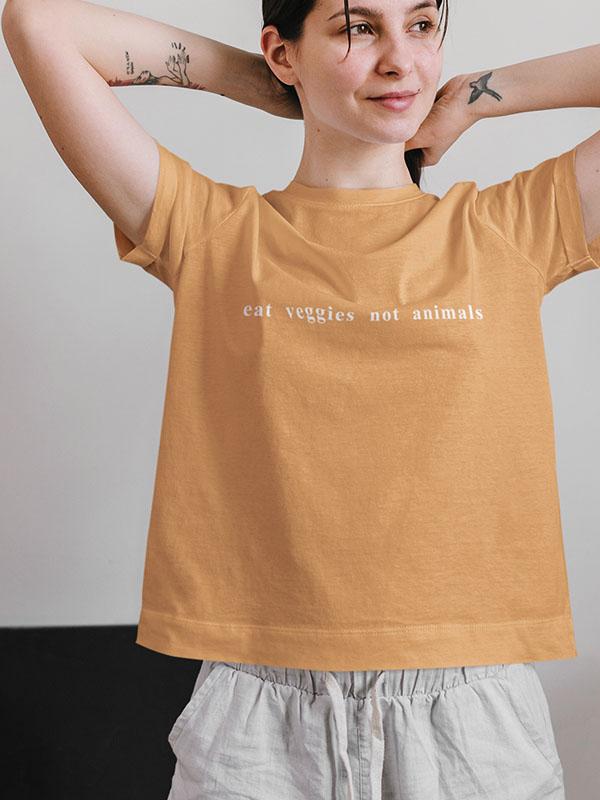 eat veggies – Women Tshirt